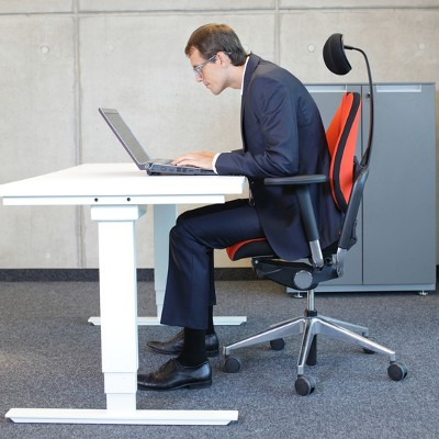 Tip of the Week: How to Avoid Back Pain and Eye Strain in the Office