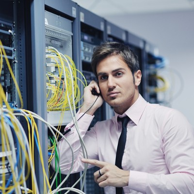 3 Advantages to Hosting Your Own Phone System In-House